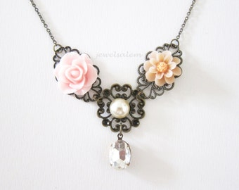 Pink Necklace Wedding Bridal Jewelry Blush Soft Beige Floral Necklace for Bride Bridesmaids Gift Shabby Chic Vintage Style Romantic SB PM