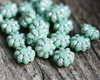 Flower beads, czech glass flat daisy - Mint green with Silver inlays, sage green - 9mm - 20Pc - 0081