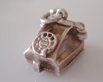 Silver Telephone LUV Hearts Opening Charm