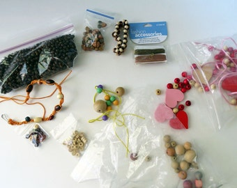 Wood Beads, Hearts Beads Destash Bundles, Mixed Wood Beads, Wooden Jewelry Supplies, Shaker Cards