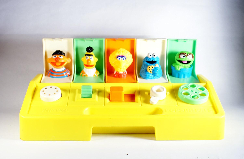 Toys That Pop Up : Sesame street playskool poppin pals vintage toy pop up