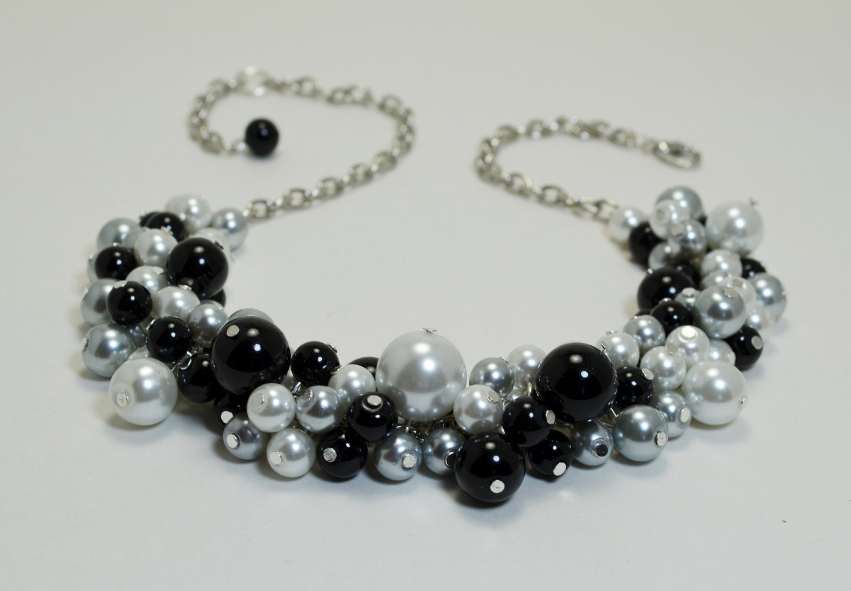 white black and gray cluster necklace black pearl necklace. Black Bedroom Furniture Sets. Home Design Ideas