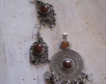 Carnelian large pendant and matching earrings