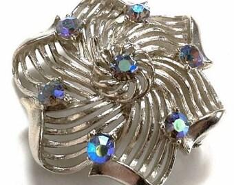 Lisner Designer Brooch Pin Signed Aurora borealis Rhinestones Silver Metal Snowflake Vintage