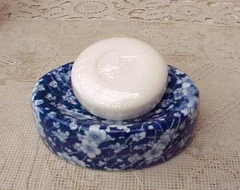 Beautiful English Victorian Era Cobalt and White Transferware Soap Dish in Chintz Pattern