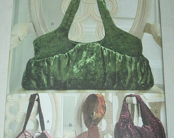 Uncut Vogue Accessories V8347 8347 Handbag-Purse-Hobo Bag Lined Sewing Pattern