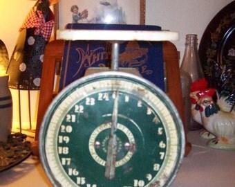 Kitchen Scale, Vintage,  Montgomery Wards,
