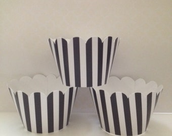 Black & White Stripe Cupcake Wrappers ~ Standard Size