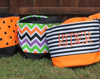 Monogrammed Halloween buckets - plain, heat transfer vinyl or thread - Great gift or trick or treat bag - multiple colors