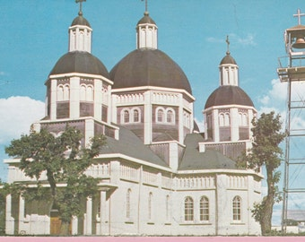"""Ca. 1960's """"Ukrainian Catholic Church of the Resurrection"""" in Dauphin, Manitoba, CA Topographical Picture Postcard - 29"""