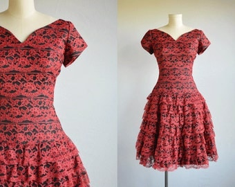 Vintage 50s Prom Dress / 1950s Black and Red Lace Ruffled Cupcake Prom Party Dress with Sweetheart Neck