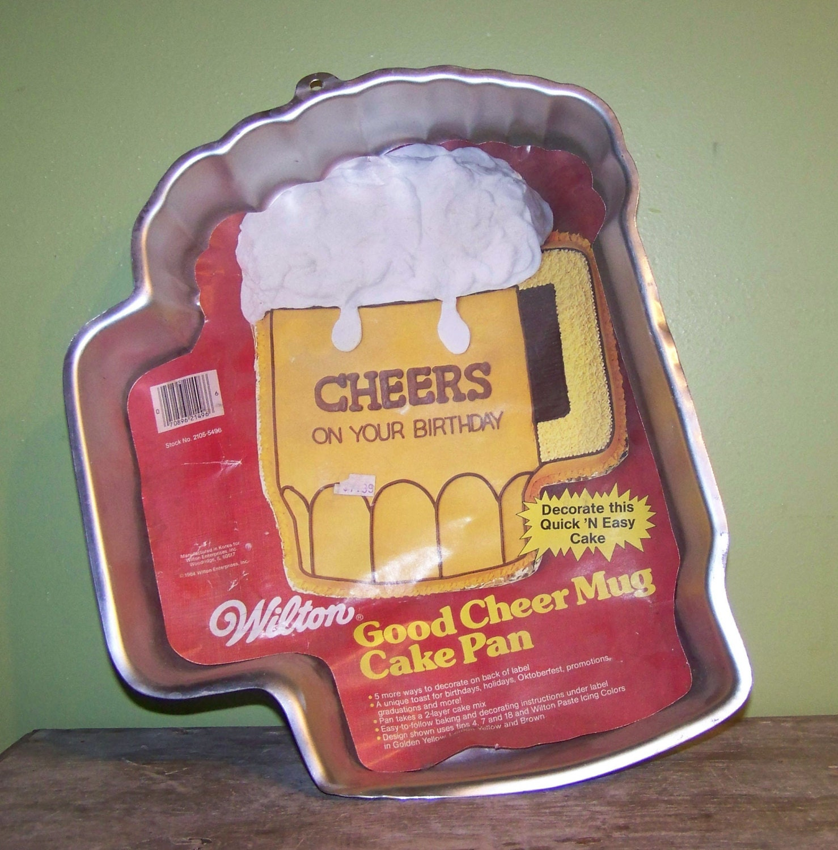 Wilton Good Cheer Mug Cake Pan