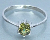 Ring Silver 925 Natural Demantoid Green Yellow Granet Unheated