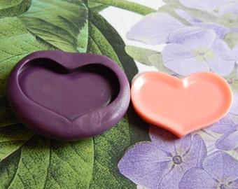 Flexible heart plate mold