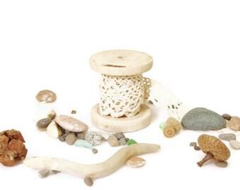 Craft tools Natural Wooden Spool (Bobbin), small wood spool rustic fall decor. Craft Supplies, woodworking mini, reclaimed wood