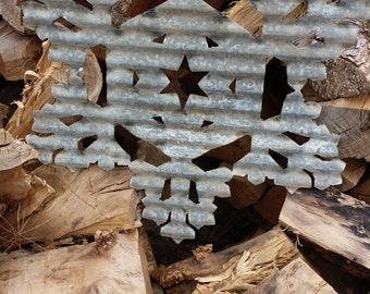 FREE SHIPPING Vintage Style Corrugated Snowflake Metal Sign #2