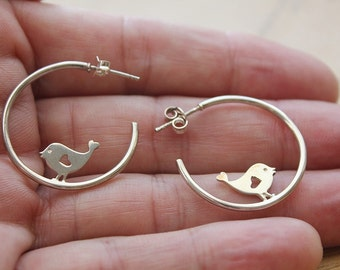 Gift for women Bird earrings Bird jewelry Nature jewelry Woodland Bird lover gift Bird watcher gift Bird hoops earrings Nature stud earrings