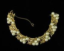 Vintage Crown Trifari Pearl Rhinestone Bracelet, Vintage Crown Trifari Jewelry, 1950s Crown Trifari Collectors, Crown Trifari