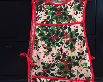 Vintage Holiday Christmas Apron with Holly