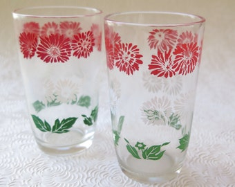 Swanky Swigs Vintage Glassware Juice Glasses Retro Kitchen Red Green White Floral