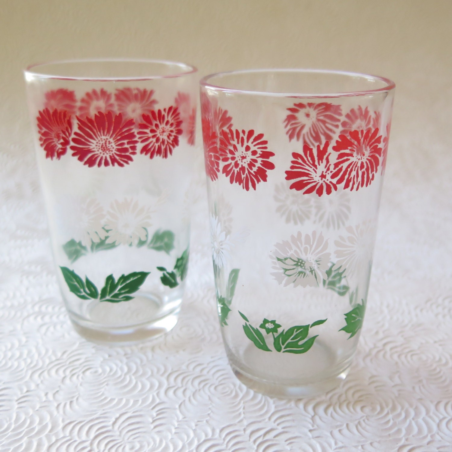 Red Kitchen Glassware: Swanky Swigs Vintage Glassware Juice Glasses Retro Kitchen Red