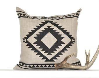 Aztec Border Pillow Cover - Natural / Black