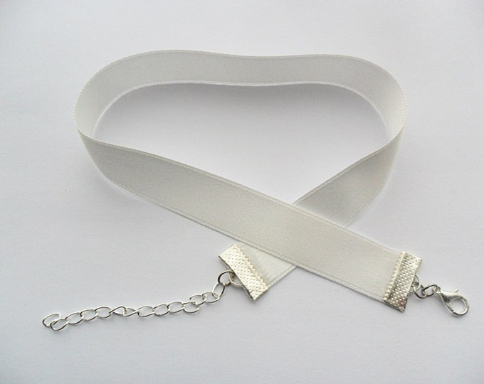 Satin choker necklace white (pick your neck size) Ribbon Choker Necklace