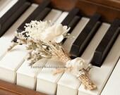Boutonniere, Sola Cream Boutonniere, Vintage Wedding, Sola wood corsages, Boutonniere, Sola Bouquets