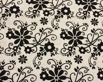 Black/White - 1 Yard Cut - Riley Blake Designs -  Floral Fabric - Black & White Fabric - Cotton Fabric - Quilting Fabric