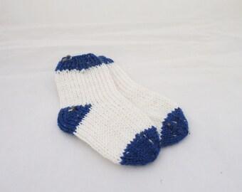 Baby Socks, Hand Knit Boy/Girl socks, Baby socks inBlue and White, 0-3 months, Warm Socks for Babies, UK Seller