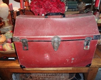 Darling red pressed cardboard pet carrier. Good size with window.