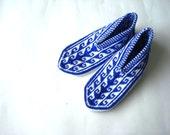 Mens slippers geometric knit slippers, white and cobalt blue Turkish Slipper Socks for men, mens winter, white and royal blue shoe size 9 10