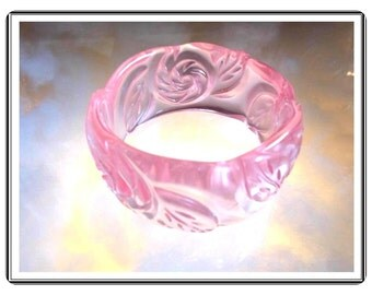 Pink Lucite Bracelet - Retro Vintage Pretty n Pink Lucite  Bangle -  Brac-1815a-052114005