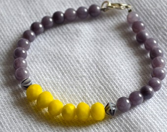 Bright Yellow Faceted, Grey, and Zebra Czech Glass Beaded Bracelet