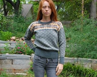 SALE retro 80s small ski knit sweater acrylic
