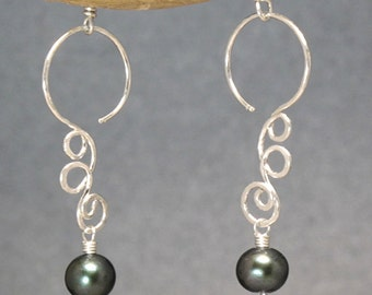 Hammered squiggle earrings with your choice of gemstone Nouveau 175