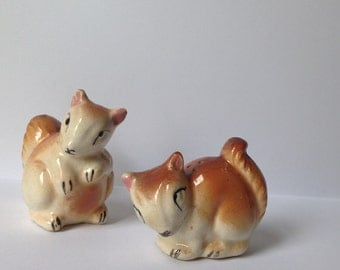 Adorable Squirrel Salt and Pepper Shaker Ceramic Animal Unusual Cute Woodland Hipster