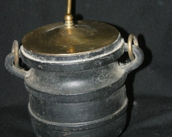 Cast Iron Cape Cod Fire Starter with Brass Lid