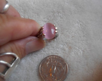 Stunning Ring-Pink Cats Eye-SIZE  6  1/4 - R340