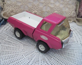 Rare Vintage 1970's PinkTonka Pickup Truck Pressed Steel and  Plastic:)