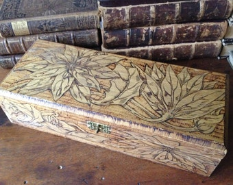 Pyrography Wood Glove Box Flemish Trinket Box Poinsettia Flowers Festive Holiday Decor