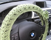 Crochet Steering Wheel Cover, Wheel Cozy with a Flower - tea leaf (CSWC 2CCC-F)