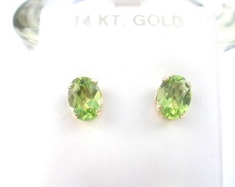 Natural Gemstone Peridot Faceted 8x6mm Oval Shape 14kt Yellow Gold Stud Style Earrings