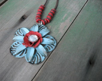 Bloom In Metal Necklace/Hippie/Boho/Metalwork/Modern/Spring/Summer