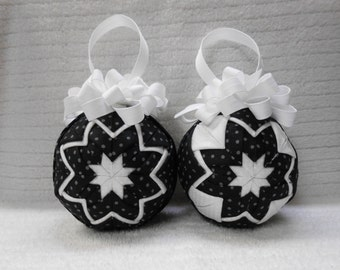 SALE - Black and white polka dots Quilted Ornaments - No-sew ornament - Home decor, Christmas, RTS, Ready to ship