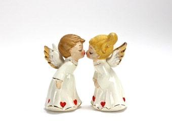 Vintage Kissing Angels Figurines, Cherubs,  Angels, Wedding Cake Topper, Napco, Hearts, Valentines Day Wedding, Valentine Gift, Epsteam