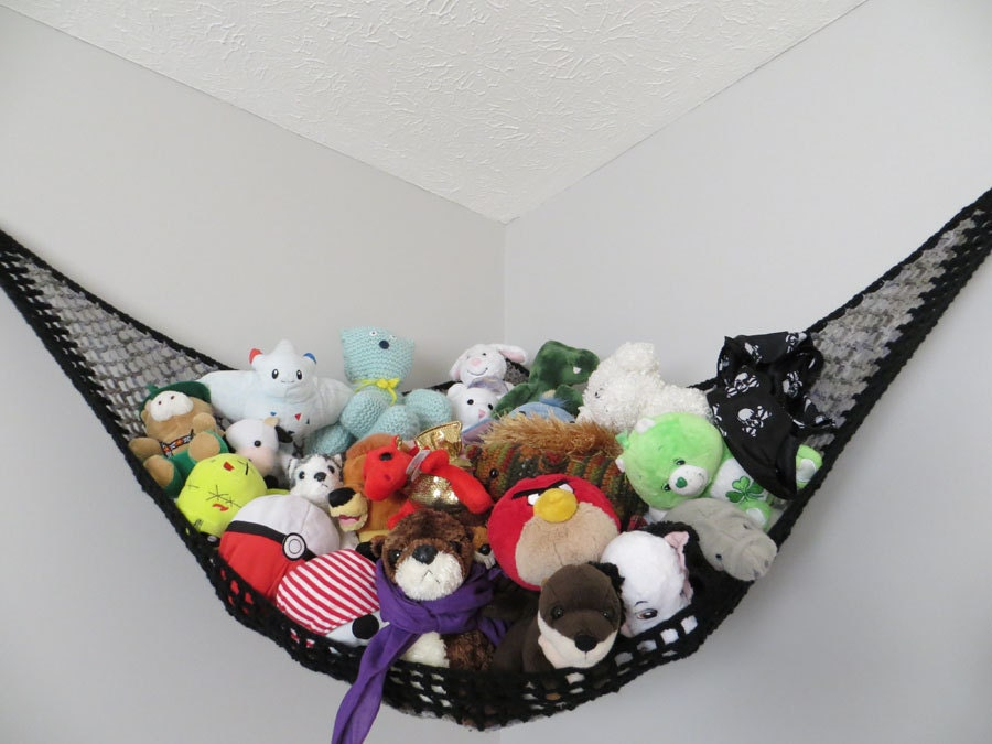 large crochet toy net stuffed animal storage in gray shades. Black Bedroom Furniture Sets. Home Design Ideas