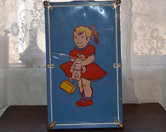 Vintage Worcester T&S doll trunk, toy, steamer trunk, doll accessories