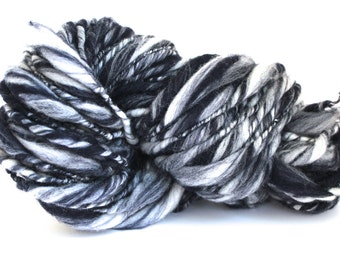 Thick and Thin Melange  Hand Spun  Super Chunky Wool Yarn  Navy/ White Color