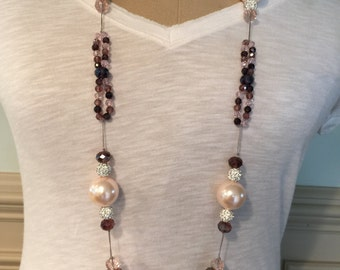Vintage inspired pearl exclave with crystal beads